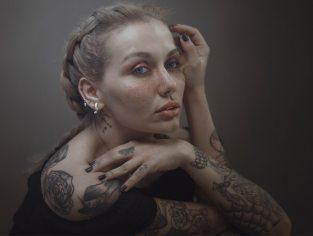 Posso ser modelo tendo tatuagens